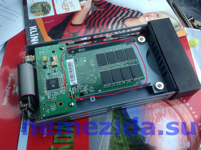 SSD-накопитель без корпуса в регистраторе